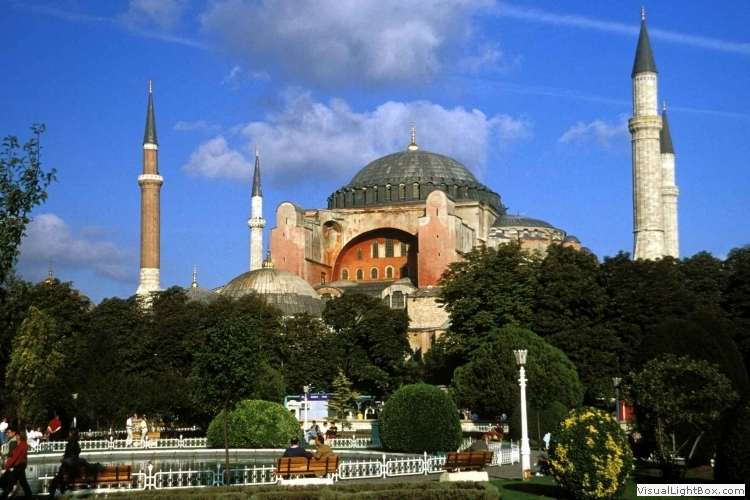5 Days Tour of Istanbul, Gallipoli and Troy (By Bus)