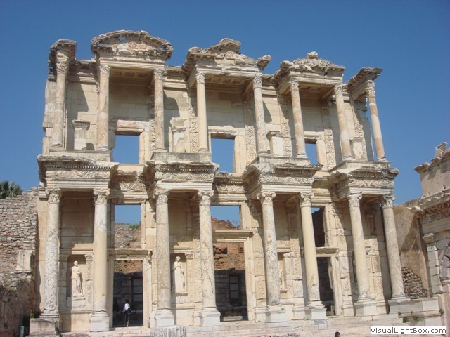 3 Days Tour of Ephesus, Pamukkale and Pergamum - By Plane